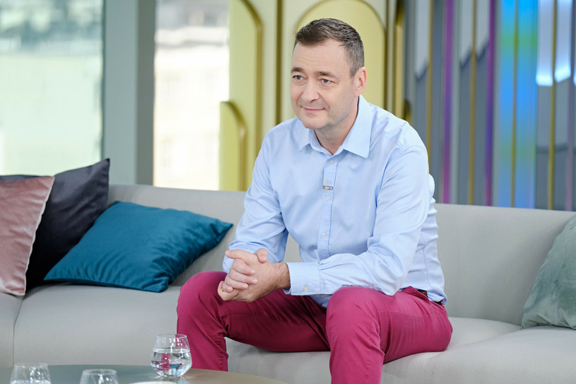 Jacek Rozenek angażuje się w popularyzowanie wiedzy o udarze i zachęca osoby, które również padły jego ofiarą, do niepoddawania się /Bartosz Krupa/Dzień Dobry TVN /East News