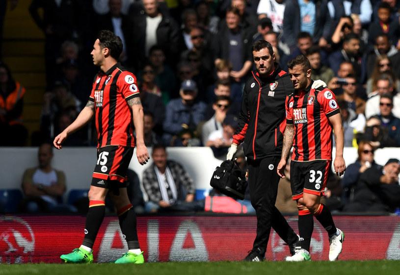Jack Wilshere (P) opuszcza boisko w meczu z Tottenhamem (0-4) /Getty Images