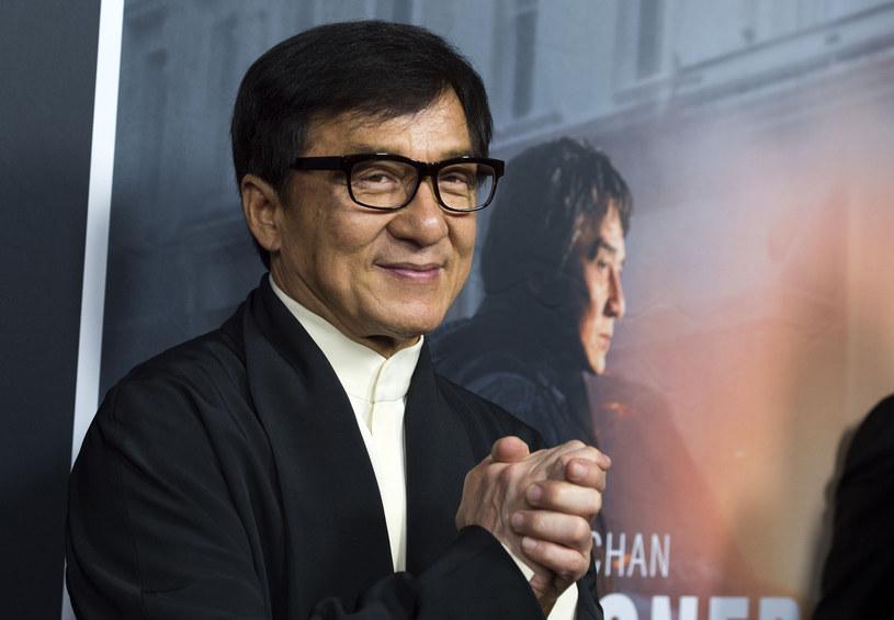 Jackie Chan całkiem nieźle zarabia /AFP