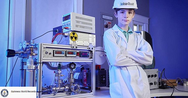 Jackson Oswalt dokonał niebywałego wyczynu z dziedziny fizyki w wieku 12 lat. Fot. YouTube/Guinness World Records /YouTube