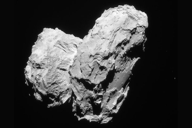 Jądro komety 67P /materiały prasowe