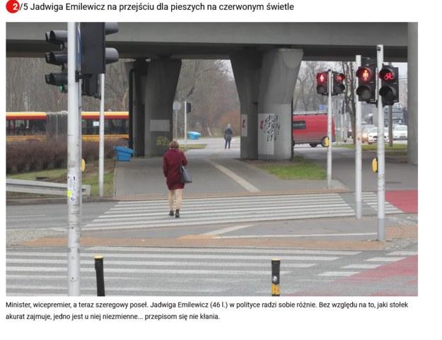 Jadwiga Emilewicz na przejściu pod Trasą Łazienkowską. foto: Fakt /