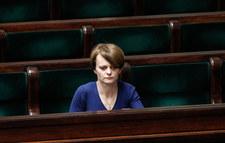 Jadwiga Emilewicz: Premier wstrzymał dodatkowe nagrody. To dla nas trudne