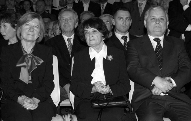 Jadwiga Kaczyńska w towarzystwie Marii i Lecha, fot.Mikulski  /AKPA