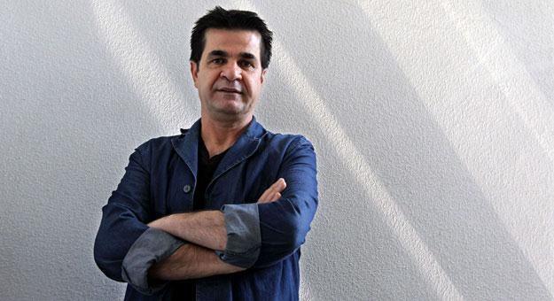 Jafara Panahiego wspierają filmowcy z wielu krajów /AFP