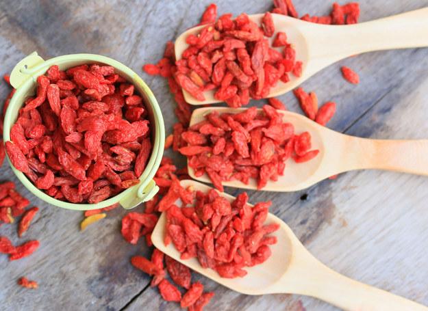 Jagody goji - w okresie nasilenia infekcji grypowych warto nimi wzbogacać dietę całej rodziny /123RF/PICSEL