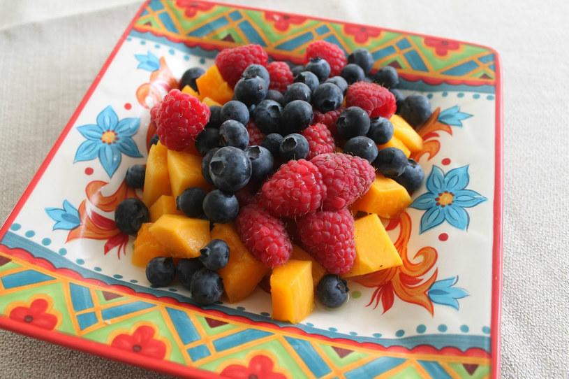 jagody na śniadanie /© Photogenica