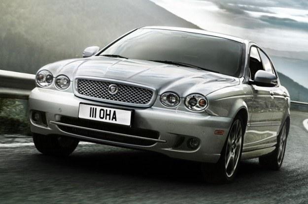 Jaguar X-Type /