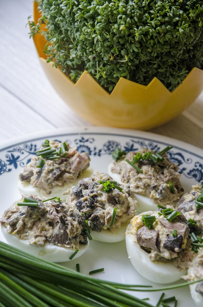 Jaja faszerowane tuńczykiem i bakłażanem /RMF FM