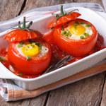 Jaja w pomidorach. Przepis, który zawładnie twoim podniebieniem!