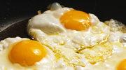 Jajka na cebulowym chili