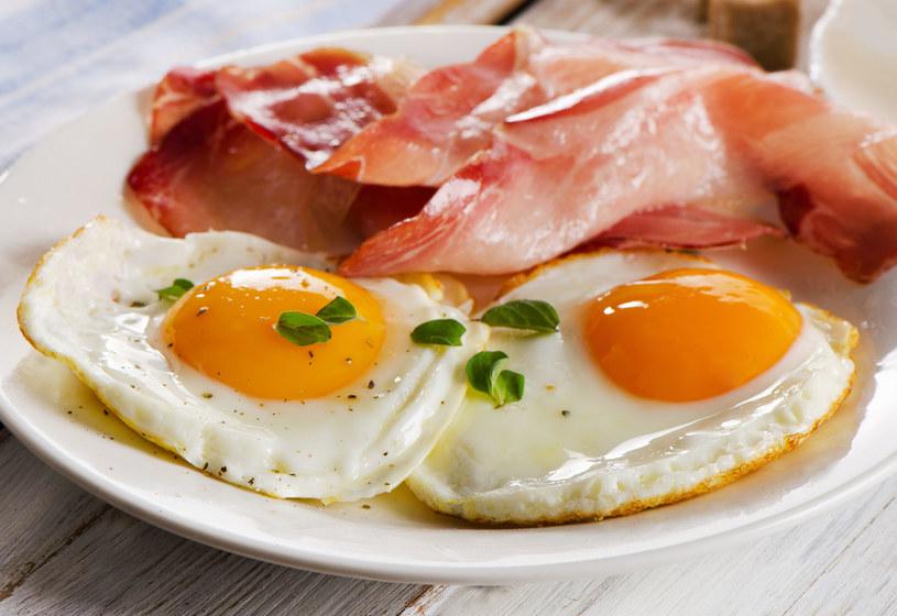 Jajka nie podnoszą poziomu złego cholesterolu /123RF/PICSEL
