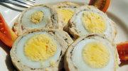 Jajka otoczone mięsem