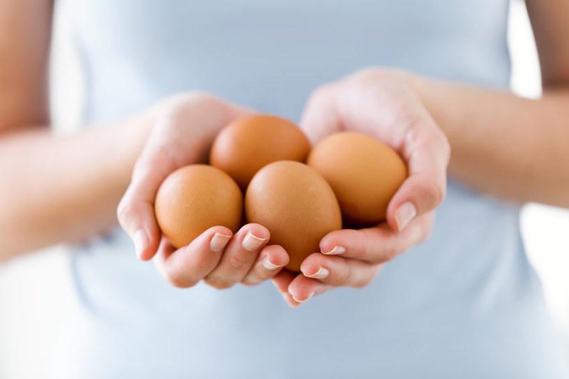 Jajka są źródłem pełnowartościowego i łatwo przyswajalnego dla komórek ludzkiego organizmy białka /123RF/PICSEL