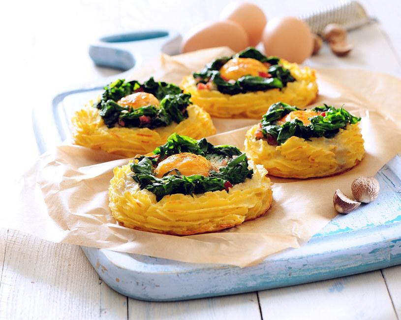 Jajka z ziemniaczanym puree /123RF/PICSEL