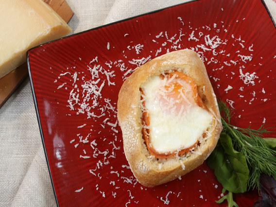 Jajo w gniazdku z łososiem /Polsat