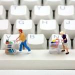 Jak bezpiecznie kupować online podczas letnich wyprzedaży?