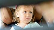 Jak bezpiecznie podróżować samochodem z dziećmi?