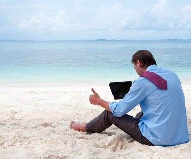 Jak bezpiecznie pracować podczas urlopu?