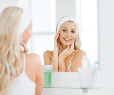 Jak bezpiecznie wybielić skórę?