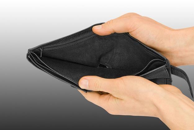 Jak bronić się przed niewypłacalnością dłużnika /©123RF/PICSEL