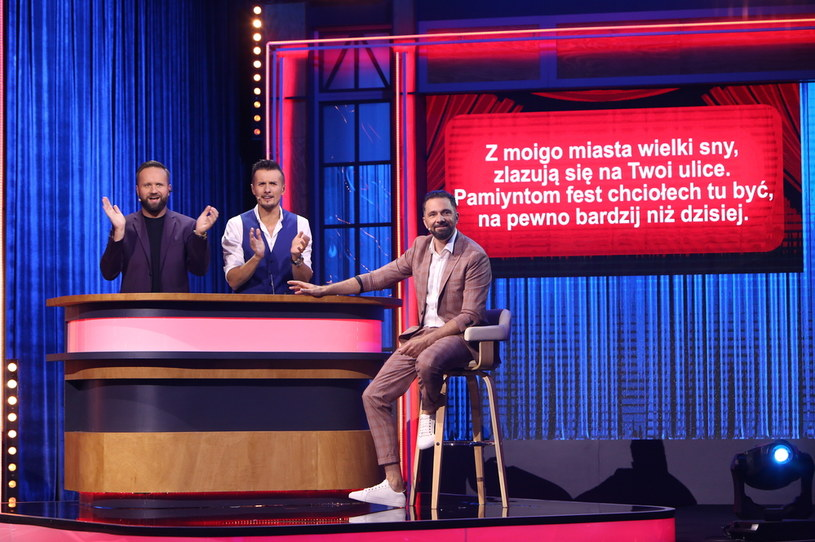 """Jak brzmi śląska wersja piosenki Dawida Podsiadły """"Małomiasteczkowy""""? /Polsat"""