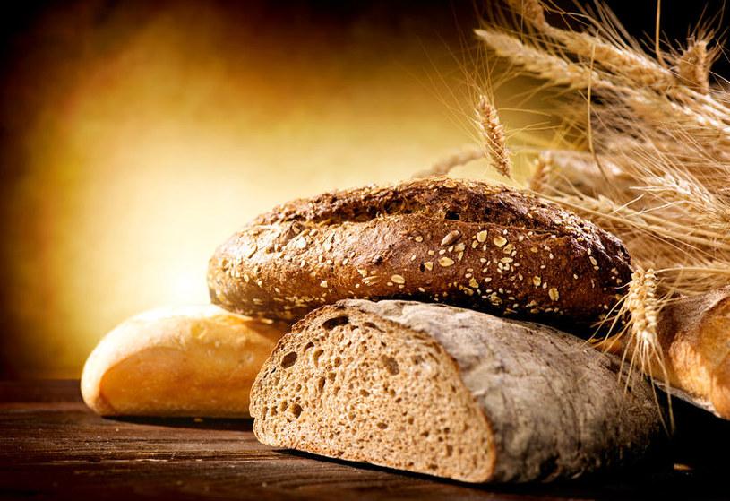 Jak chleb wpływa na organizm? /©123RF/PICSEL