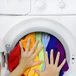Jak chronić kolor ubrań podczas prania?