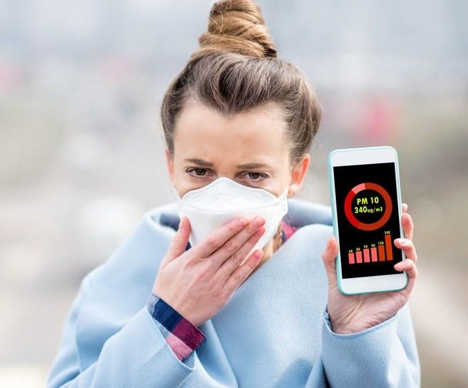 Jak chronić się przed smogiem? /©123RF/PICSEL
