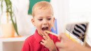 """Jak ćwiczyć z dzieckiem, które nie mówi głosek """"f"""" i """"w""""?"""