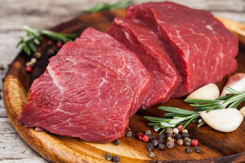 Jak czerwone mięso wpływa na zdrowie? /©123RF/PICSEL