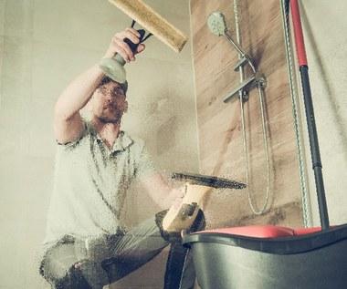 Jak czyścić kabinę prysznicową?