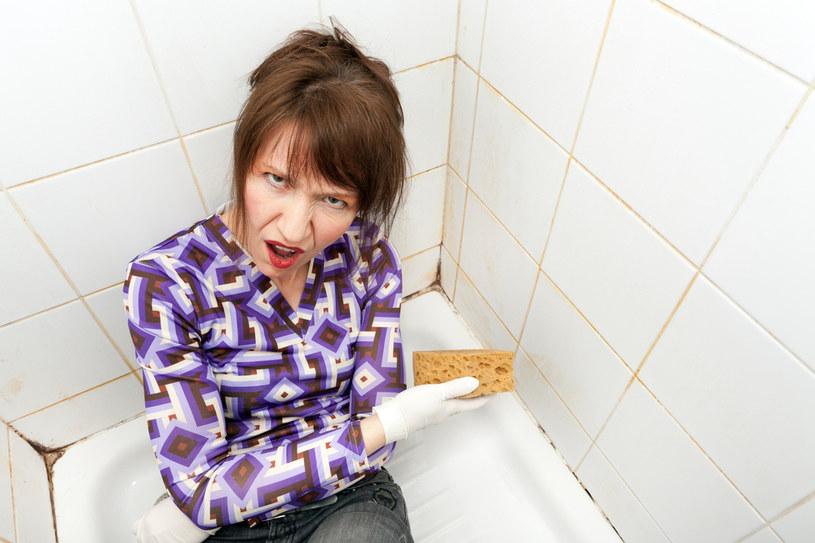 jak czyścić kabinę prysznicową /© Photogenica