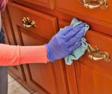 Jak czyścić meble kuchenne?