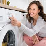 Jak dbać o pralkę? Co zrobić, żeby nie skakała po łazience?