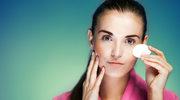 Jak dbać o skórę, by nie zatykać porów?