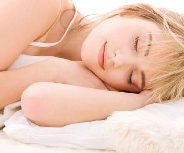 Jak dbać o skórę każdego poranka?