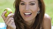 Jak dbać o zęby dietą?