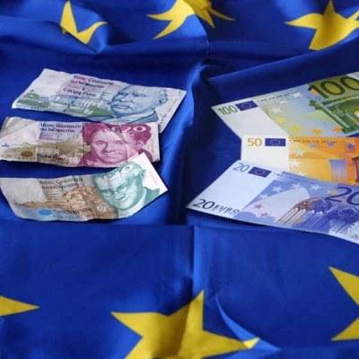 """""""Jak długo istnieje strefa euro należy do niej wchodzić"""" /AFP"""