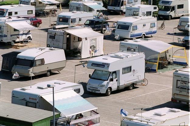 Jak długo można żyć na kampingu? Fot. JUKKA RITOLA /East News