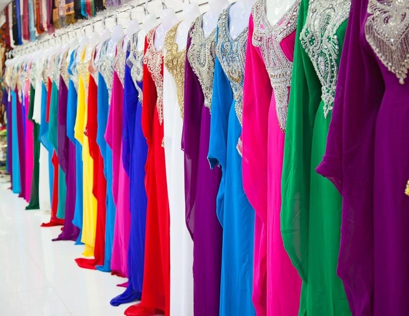 Jak dobierać kolory ubrań? /©123RF/PICSEL