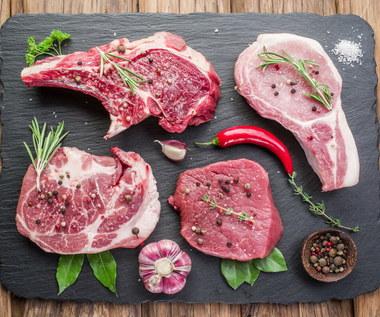 Jak dobrać przyprawy do różnych rodzajów mięsa?