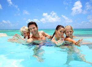 Jak dobrze wypocząć na wakacjach z rodziną?