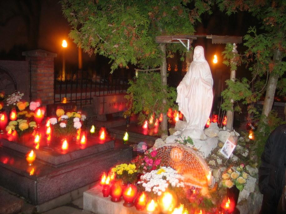 Jak dojechac na cmentarze w Lublinie? /RMF FM