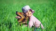 Jak dorastanie z psem wpływa na dziecko