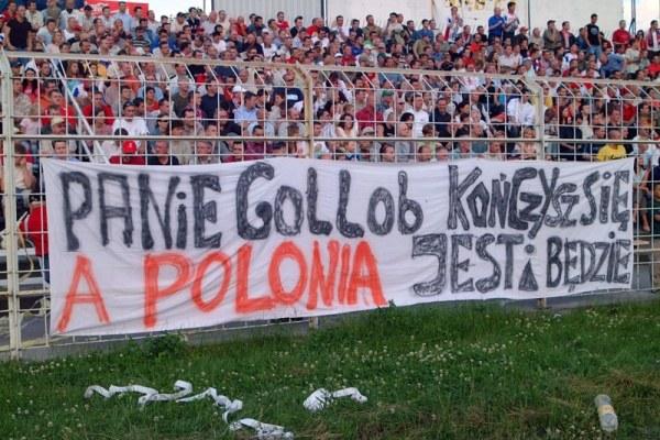 Jak działacze z Bydgoszczy mogli pozwolić wywiesić taki transparent (kliknij)? /Tomasz Szatkowski
