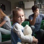 Jak dzieci przechodzą przez rozstanie rodziców