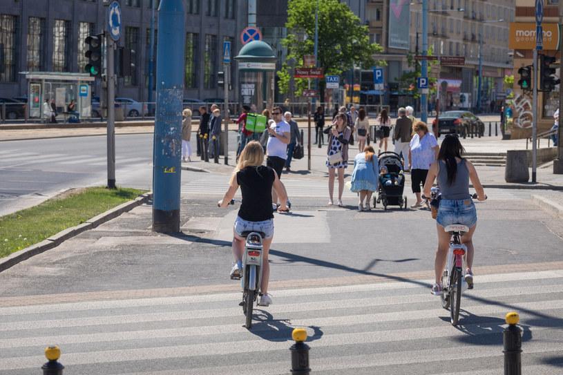 ... jak i przygodni rowerzyści i rowerzystki /Arkadiusz Ziółek /East News