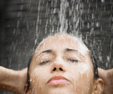 Jak kąpać się rzadziej i czuć się świeżo?