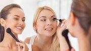 Jak makijaż ukryje zaczerwienienie spojówek